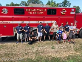 Mechanicsville Volunteers Stop by for Lemonade
