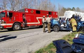 Rescue Squad 2 Operates on Charles Street Extrication