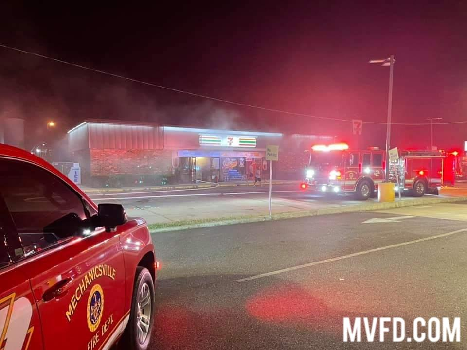 Chief 2A and Engine 23 operating first due at the 7-11 for a working building fire.